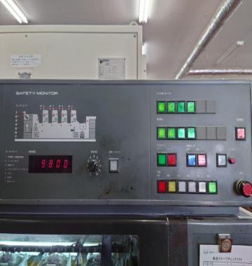 jay-KOMORI-NEW-LITHRONE-L-432-2003-53531.jpg