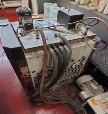 jay-KOMORI-NEW-LITHRONE-L-432-2003-70107.jpg