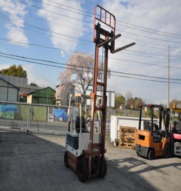 jay-NISSAN-Forklift-0-9-ton---10445.jpg