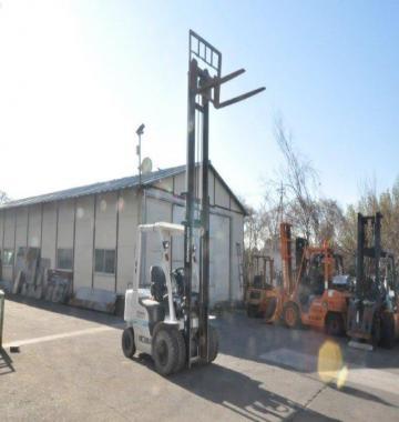 jay-NISSAN-KDN-Y1F2-Forklift-2-ton-2013-11-69901.jpg