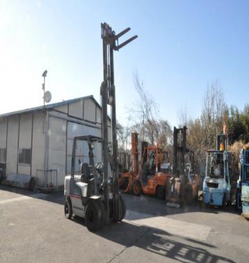 jay-NISSAN-PL02-Forklift-1-45-ton-2003-11-24016.jpg