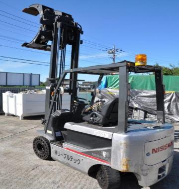jay-NISSAN-Roll-clamp-Forklift-1-8-ton-2010-12-16086.jpg