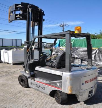 jay-NISSAN-Roll-clamp-Forklift-1-8-ton-2010-12-24174.jpg