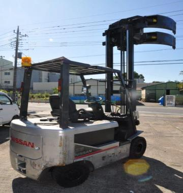 jay-NISSAN-Roll-clamp-Forklift-1-8-ton-2010-12-26349.jpg