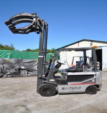 jay-NISSAN-Roll-clamp-Forklift-1-8-ton-2010-12-26958.jpg