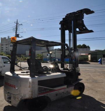 jay-NISSAN-Roll-clamp-Forklift-1-8-ton-2010-12-77782.jpg