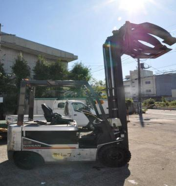 jay-NISSAN-Roll-clamp-Forklift-1-8-ton-2010-12-86281.jpg
