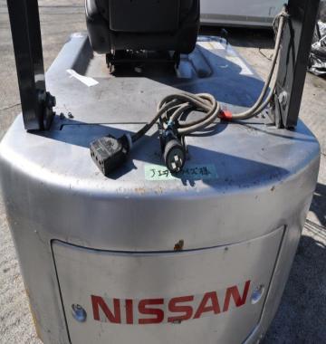jay-NISSAN-Roll-clamp-Forklift-1-8-ton-2010-12-91010.jpg