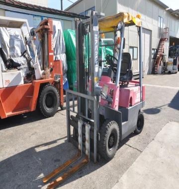 jay-NISSAN-Roll-clamp-Forklift-1-8-ton-2010-12_q0gek-22417.jpg