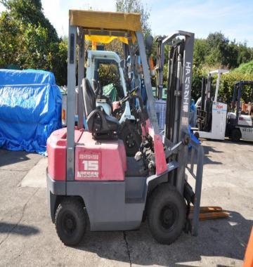 jay-NISSAN-Roll-clamp-Forklift-1-8-ton-2010-12_q0gek-32938.jpg