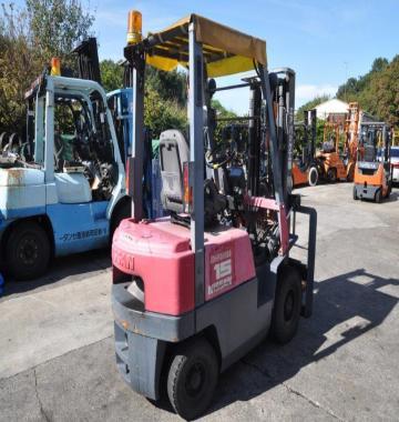 jay-NISSAN-Roll-clamp-Forklift-1-8-ton-2010-12_q0gek-73466.jpg