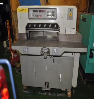 jay-POLAR-76EM-2007-52977.jpg
