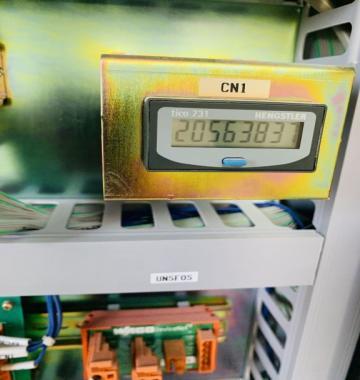 jay-SAKURAI-OLIVER-475SDW-2006-81545.jpg