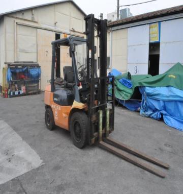 jay-TOYOTA-02-7FG30-Forklift-Rollclamp--2003-2-31657.jpg