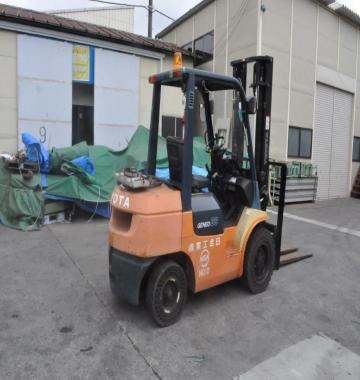 jay-TOYOTA-02-7FG30-Forklift-Rollclamp--2003-2-88263.jpg