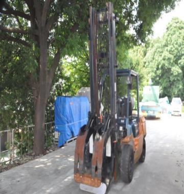 jay-TOYOTA-02-7FG35-Forklift-Rollclamp-2-1-ton-2002-8-11183.jpg