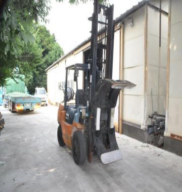 jay-TOYOTA-02-7FG35-Forklift-Rollclamp-2-1-ton-2002-8-65586.jpg