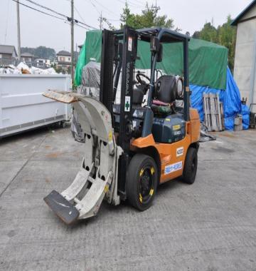 jay-TOYOTA-Rollclamp-Forklift-3-ton-2003-8-28460.jpg