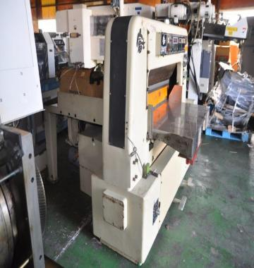 jay-Yoda-cutting-machine-115-cm-1981-3-79433.jpg